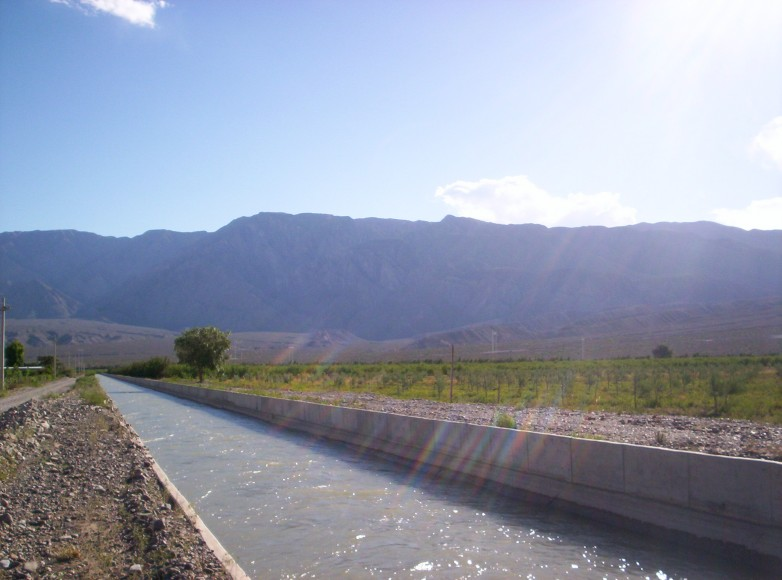 Con apoyo minero restaurarán los canales de agua en Iglesia