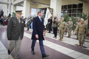 Uñac asistió al relevo de la Guardia de Honor de la Bandera Ciudadana