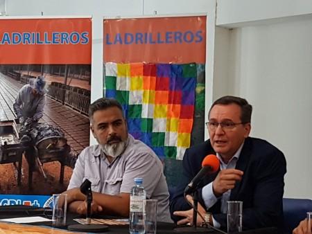 Hensel expuso al país el programa sanjuanino para potenciar el ladrillo artesanal