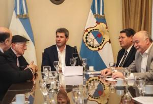 Uñac recibió a los disertantes de la Asamblea del Futuro