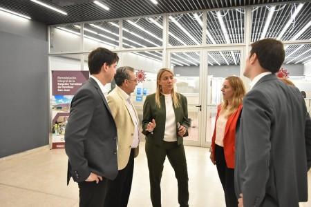 Fabiola Aubone visitó reparticiones de Tránsito y Transporte