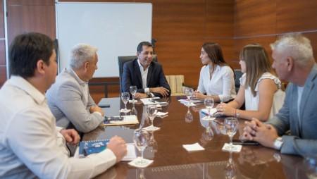 El ministro Fabian Aballay mantuvo un encuentro con intendentes de zonas alejadas.