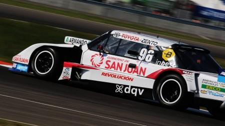 Facundo Della Motta cierra la temporada de TC en Neuquén