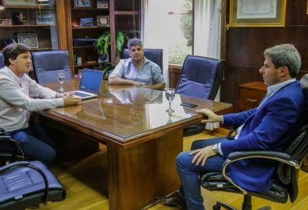 Proveedores mineros visitaron a Uñac y se pusieron a disposición del Gobierno