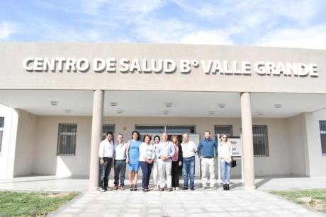 Entregaron llaves de dos edificios esenciales en el barrio Valle Grande