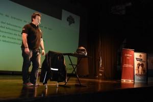 """Cientos de estudiantes aprendieron sobre seguridad vial con el """"Gato"""" Barbery"""