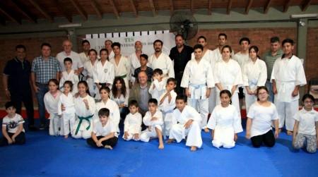Más de 50 personas se sumaron a los talleres sociales de karate