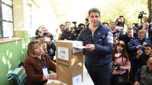 """Uñac, tras emitir su voto: """"Lo importante es que los sanjuaninos nos estamos expresando"""""""