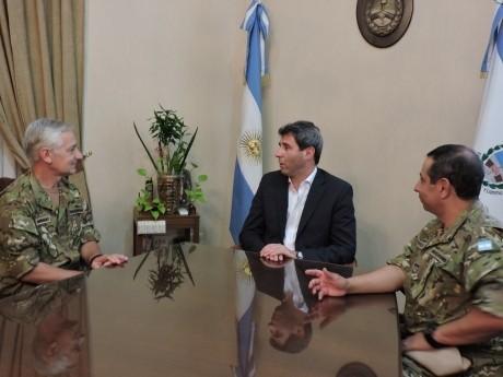 Visita del coronel Gerardo Claudio Ferrara