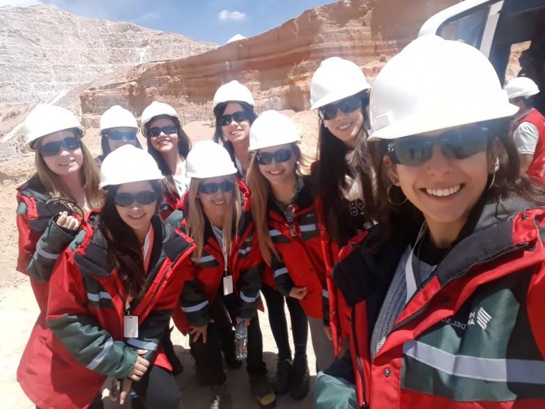 Las 19 embajadoras visitaron Veladero y conocieron la actividad minera