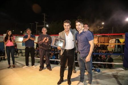 La Federación de Boxeo cumplió 80 años y distinguió al secretario Jorge Chica