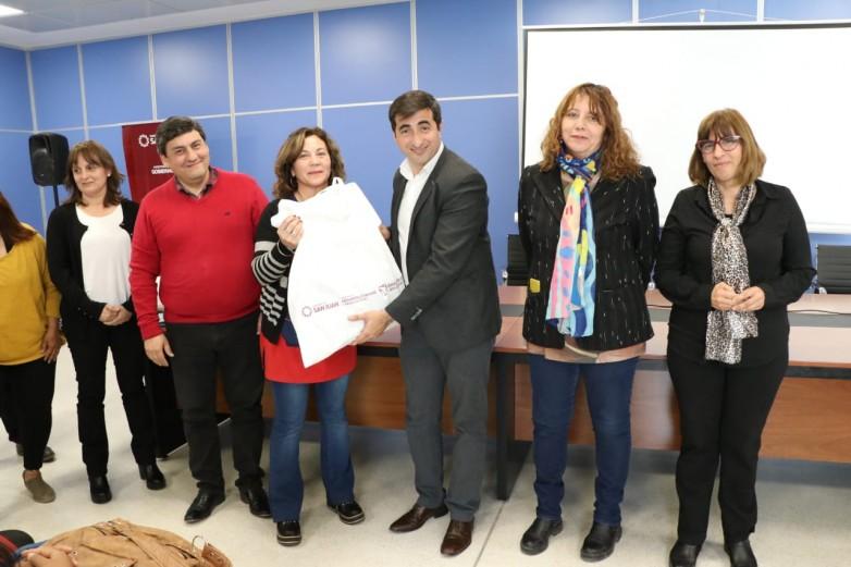 Más de 1.700 libros abren un mundo mágico en los CEDI de la provincia