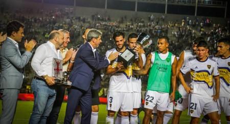 Uñac presenció el triunfo de Boca ante Paranaense en el cierre del Torneo de Verano