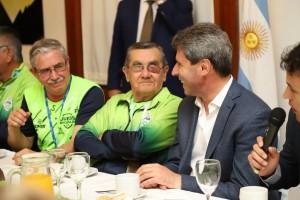 El gobernador agasajó a los adultos mayores que se destacaron en los Juegos Evita