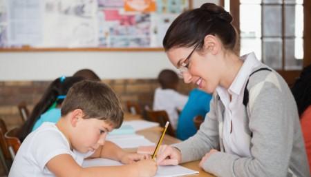 Atención, padres: se puede iniciar el trámite por una Docente Auxiliar Integradora