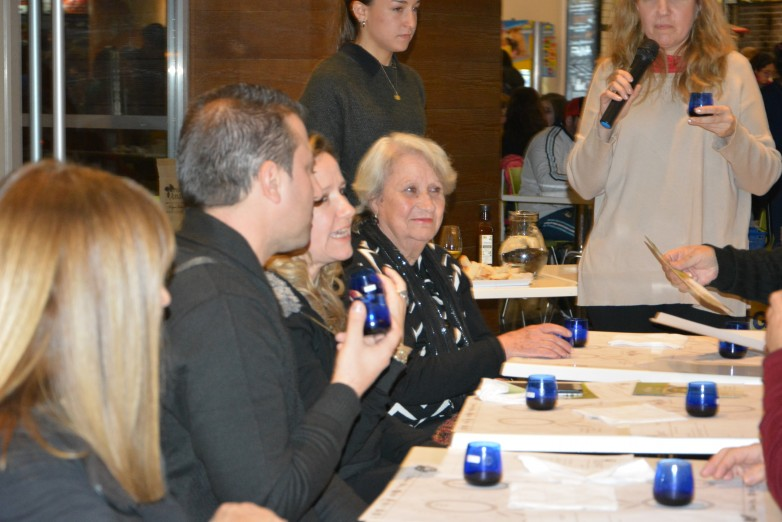 Habrá degustación de aceites de oliva y aceitunas en centros comerciales
