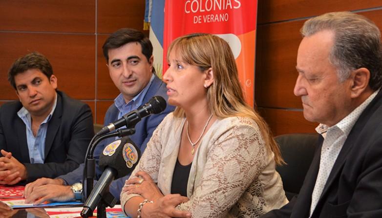 Los ministros de Salud Pública y Desarrollo Humano y el secretario de Estado de Medio Ambiente presentaron las colonias de verano 2019. Fotos: Facundo Quiroga