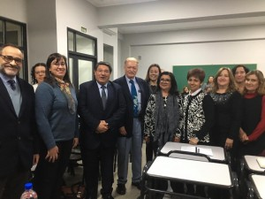 Pedagogo mexicano capacitó a educadores sobre innovadoras metodologías de enseñanza