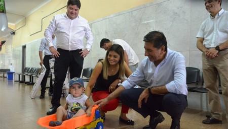 Los niños y niñas de los hospitales Rawson y Marcial Quiroga tuvieron una Navidad soñada