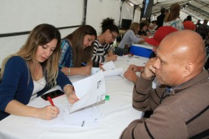 Más de mil personas asistieron a la primera jornada de abordaje en Santa Lucía