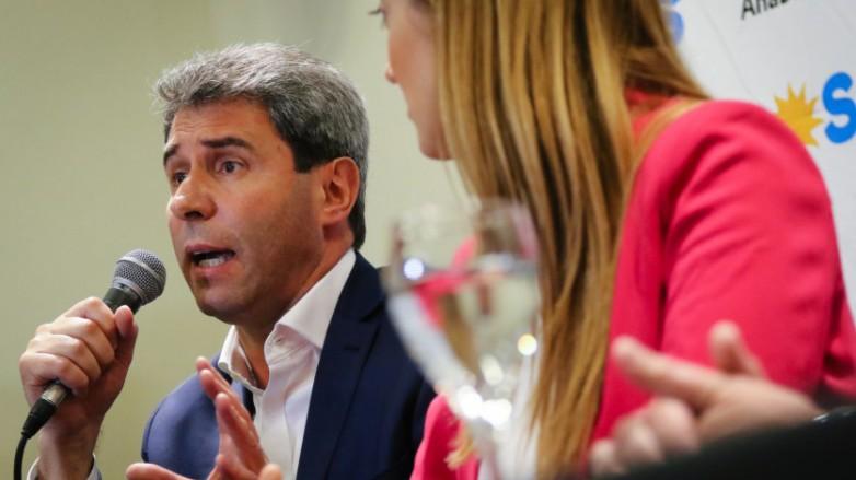 """Uñac, en Mendoza: """"Hay que darle un giro a la política económica nacional"""""""