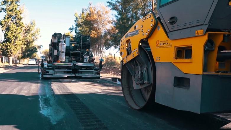 Con fondos mineros pavimentaron los accesos a Huaco y viene más