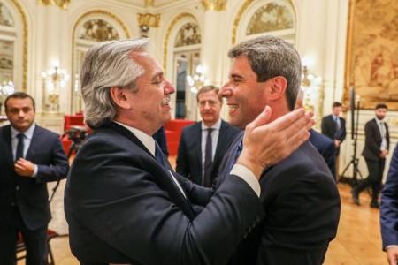 Uñac firmó junto al presidente y gobernadores la suspensión del Pacto Fiscal y señaló que la prioridad es restablecer la economía