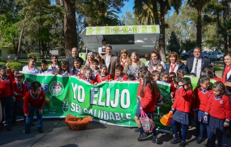 Alumnos del Colegio Fasta Federico Ozanam y Juan José Castelli visitaron Casa de Gobierno