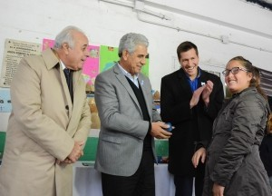 Abordaje Territorial: entregaron anteojos en Pedernal
