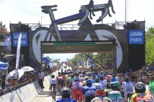 Postal de la última etapa en la Vuelta 2019 en San Juan.