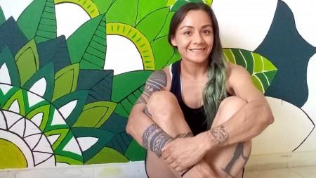 Cecilia Román entrena para su próxima defensa del título mundial