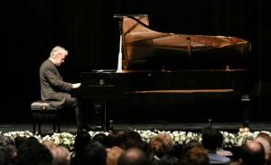 Con un vibrante repertorio pianístico comenzó la temporada 2019 del TB