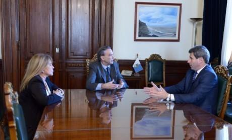 Reunión del gobernador Sergio Uñac con el senador Miguel Pichetto