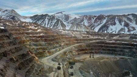 Crecimiento sostenido y heterogéneo gracias al aporte de la minería