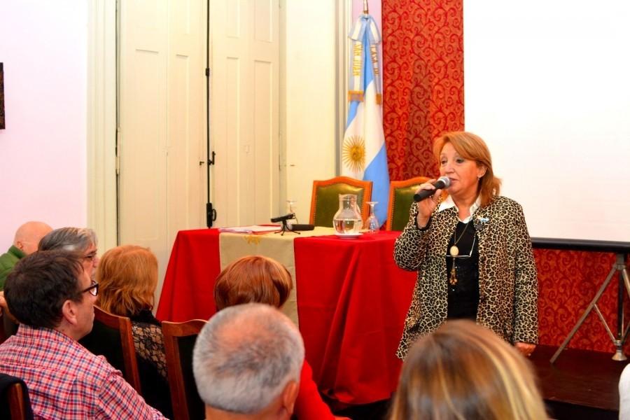 Homenaje al poeta Leónidas Escudero en la Casa de San Juan