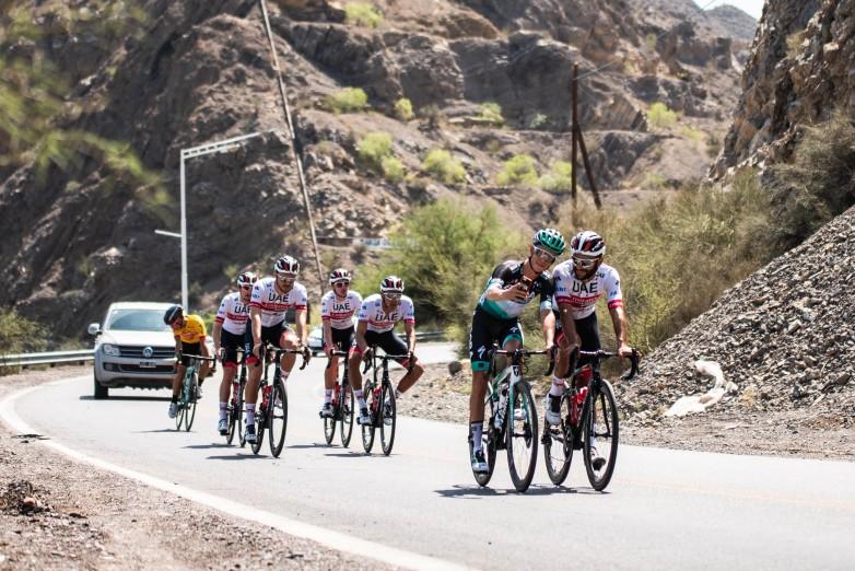Equipos UCI World Tour entrenando en la provincia.