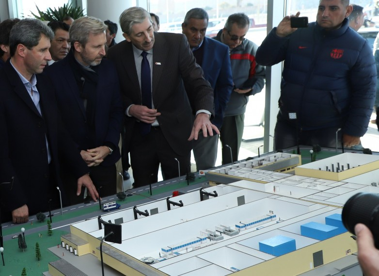Uñac inauguró el moderno edificio del EPSE en Pocito