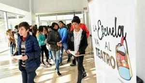 Un nuevo programa busca acercar a los jóvenes al teatro