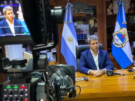 Tras dialogar con Uñac y el resto de los gobernadores, el presidente extendió la cuarentena hasta el 12 de abril
