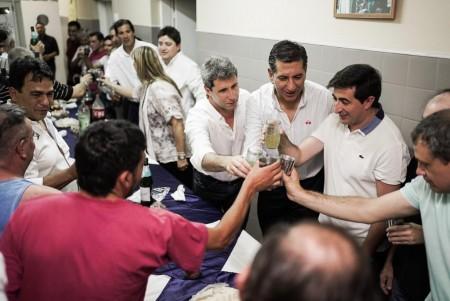 El gobernador Uñac visitó en Nochebuena el Refugio Papa Francisco