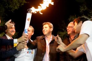 La llama de los Juegos Olímpicos de la Juventud recorrió las calles de San Juan