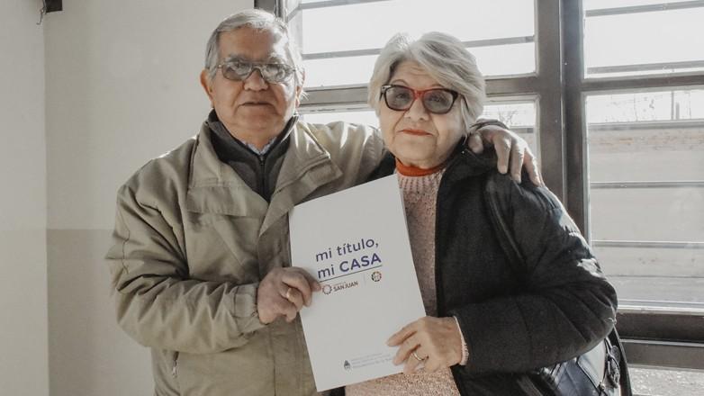 Más de 80 familias de Rivadavia escrituraron sus viviendas