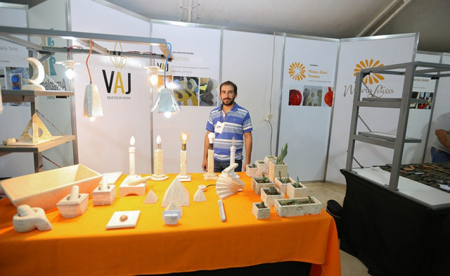 Feria de Artesanías: el artesano que ganó el primer premio en 2017 ahora tiene marca propia