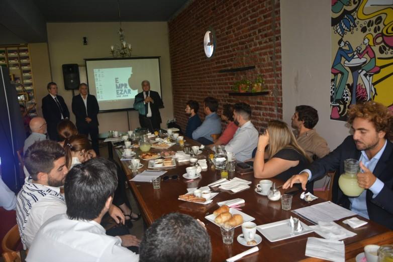 Jóvenes empresarios interesados en invertir en San Juan