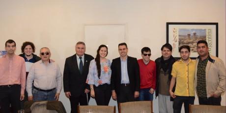 El conjunto folclórico Brisas del Norte visitó Casa de Gobierno