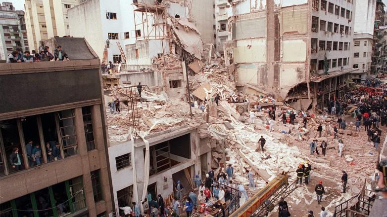 Hoy a las 9:53 sonarán sirenas y campanas para recordar  25 años del atentado a la AMIA