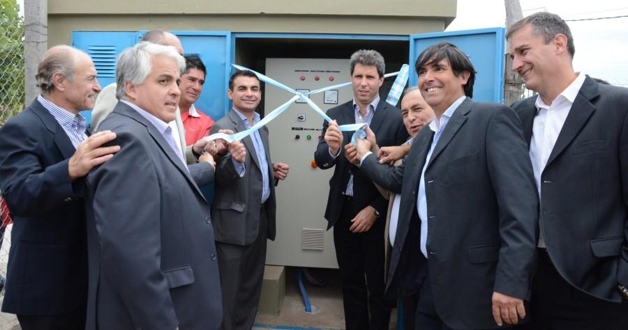 Uñac inauguró bomba optimizadora de servicio de agua potable.