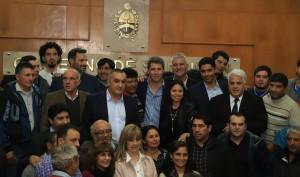 Uñac presidió el acto de entrega de terrenos del Polo de Desarrollo Productivo de 25 de Mayo