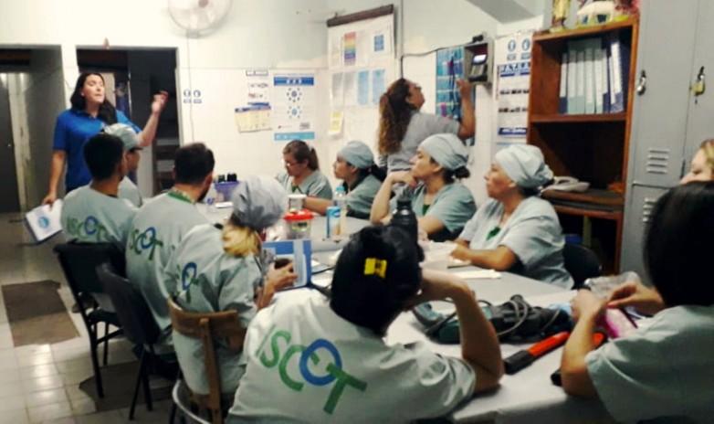 Ambiente capacitó a personal del Marcial Quiroga sobre residuos