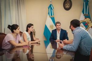 Sergio Uñac recibió a Jóvenes del Socialismo